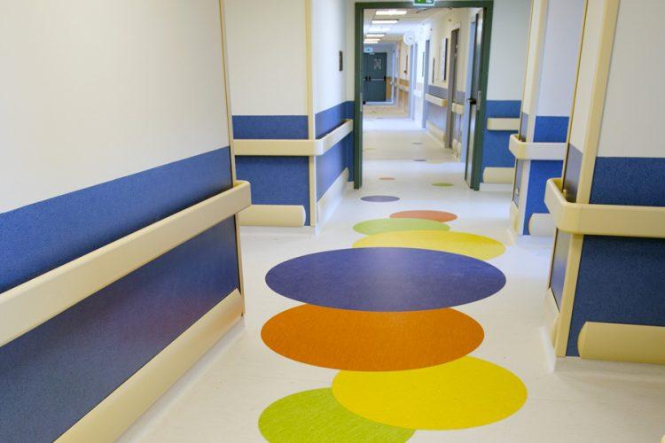 Edilizia sanitaria: quali pavimenti sono adatti
